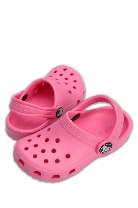 204536 Crocs Classic Clog Çocuk Sandalet 19-34 Pink Lemonade - Pembe