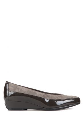 25030 Ara Kadın Ayakkabı 3-8,5